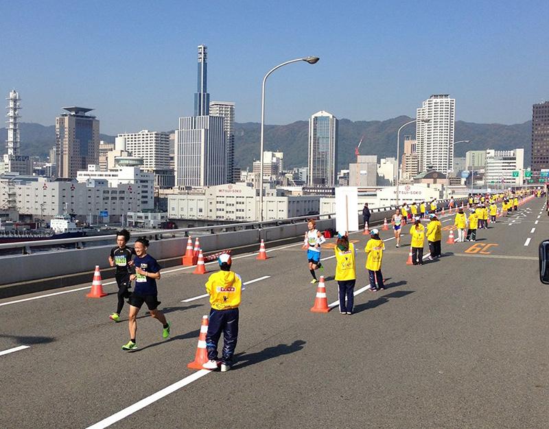 神戸マラソン 100名稼働